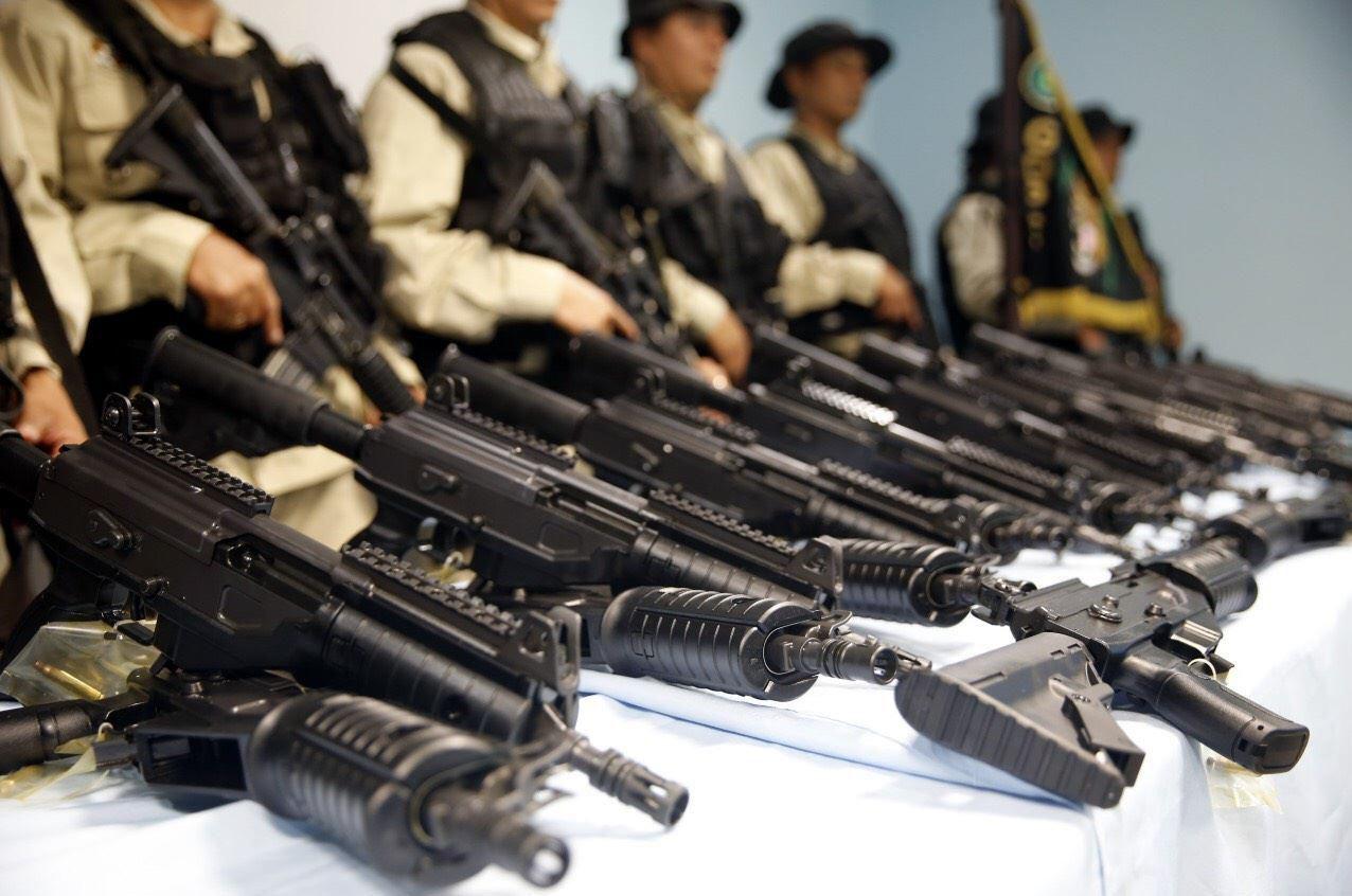 Armas de alto poder incautadas por la policía federal en Tamaulipas, México.(AGENCIA REFORMA)