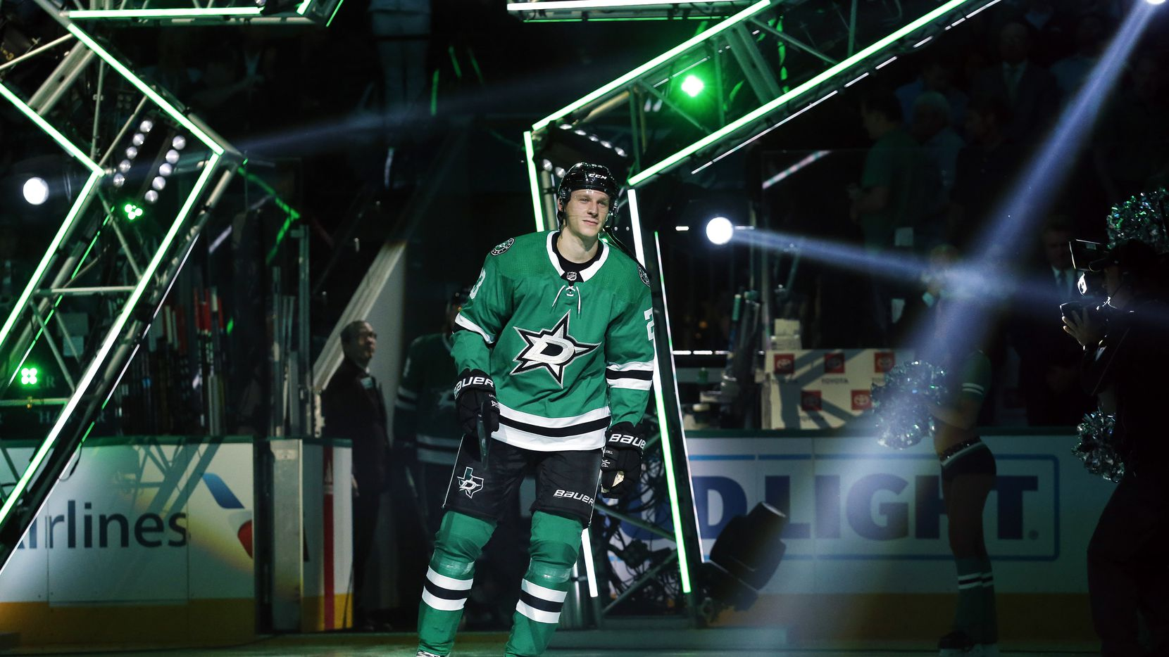Dallas Stars defenseman Esa Lindell (23) is introduced during the season-opening game at the American Airlines Center in Dallas, Thursday, October 4, 2018. The Stars were facing the Arizona Coyotes. (Tom Fox/The Dallas Morning News)