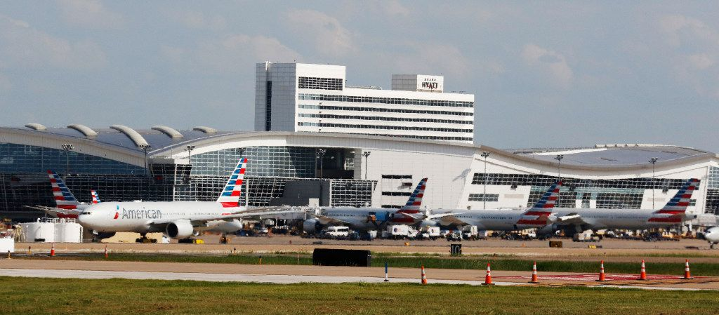 American Airlines airplanes taxi at DFW International Airport on Wednesday, August 23, 2017. (David Woo) The Dallas Morning News)