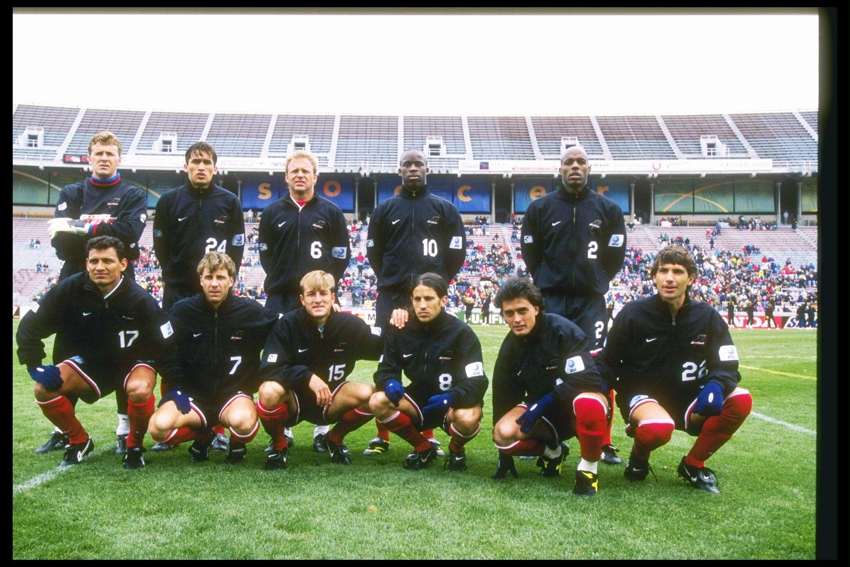Equipo del Dallas Burn en la temporada 1997, cuando jugaban en el Cotton Bowl. Foto Jonathan Daniel/AllSport