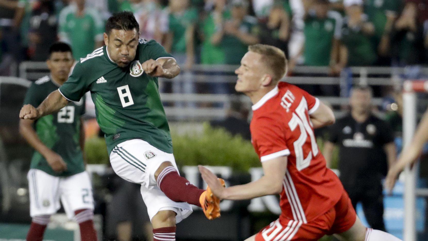 Marco Fabián es uno de los jugadores que luchan por un lugar en la lista final de Osorio para ir a Rusia. (AP/Chris Carlson)