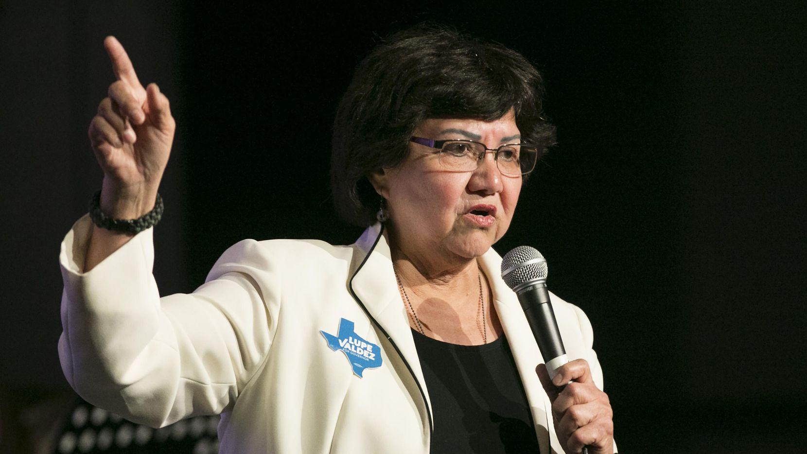 Un arma de Lupe Valdez, candidata a gobernadora de Texas, se extravió luego de que ella dejó de ser Sheriff.