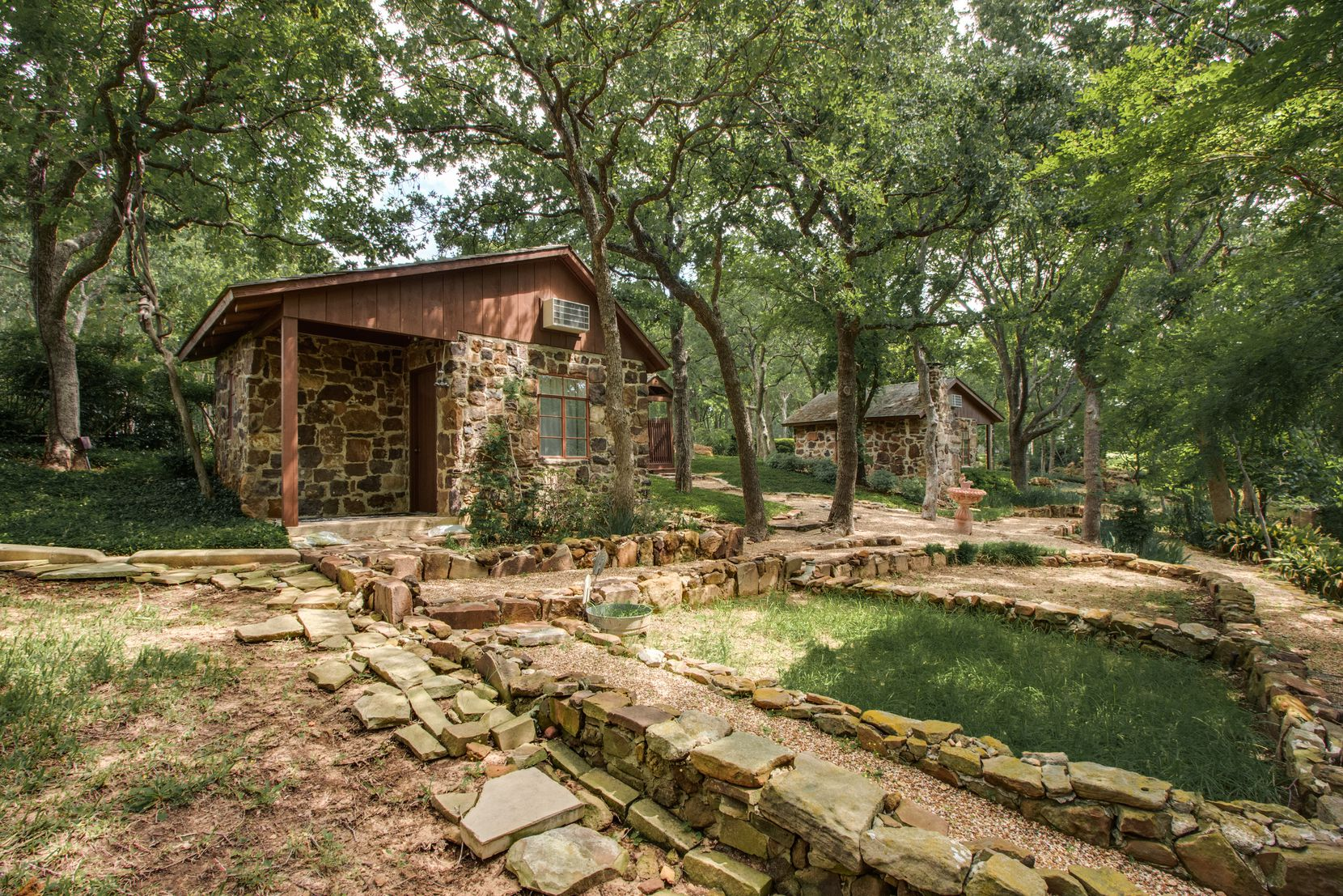 """The two 1930s-era cabins that were built when notorious gambler Herbert """"The Cat"""" Noble owned the land."""