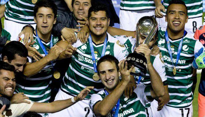 El Santos Laguna, ganador del Clausura 2015, jugará ante el América el lunes 20 de julio en Frisco. (AP/EDUARDO VERDUGO)
