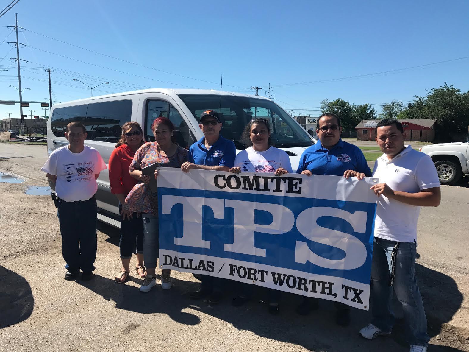 Un grupo de centroamericanos viajó desde Dallas a Washington para negociar el futuro del TPS. MARIANA SIERRA/AL DIA