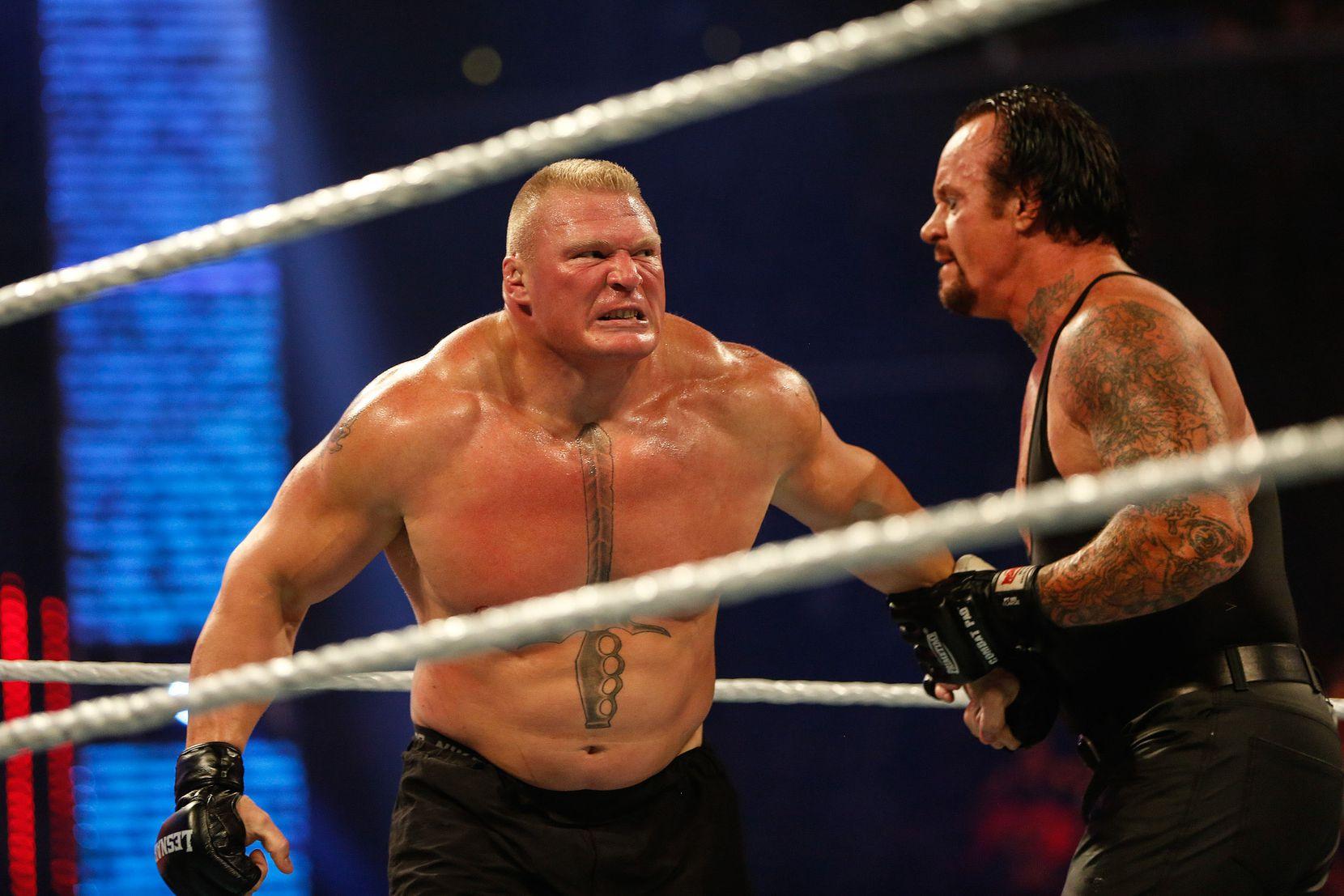 Triple H (der.)