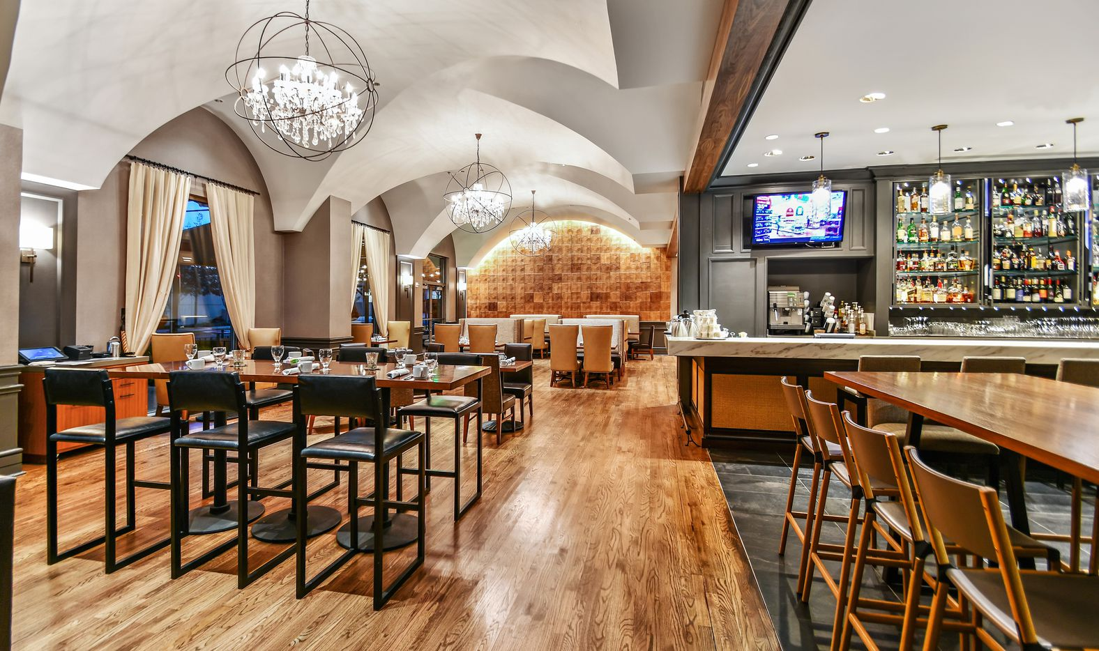 The remodeled bar and restaurant in the Hilton Dallas/Park Cities.