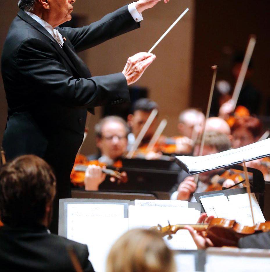 Zubin Mehta conducted the Israel Philharmonic in a program of Dvorák, Ravel and Bardanashvili Tuesday at the Meyerson Symphony Center.