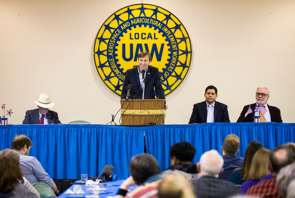 Gubernatorial candidate Andrew White speaks at The Mid-Cities Democrats Gubernatorial Forum and Chili Dinner on Feb. 6, 2018 at the UAW 218 Union Hall in Hurst.