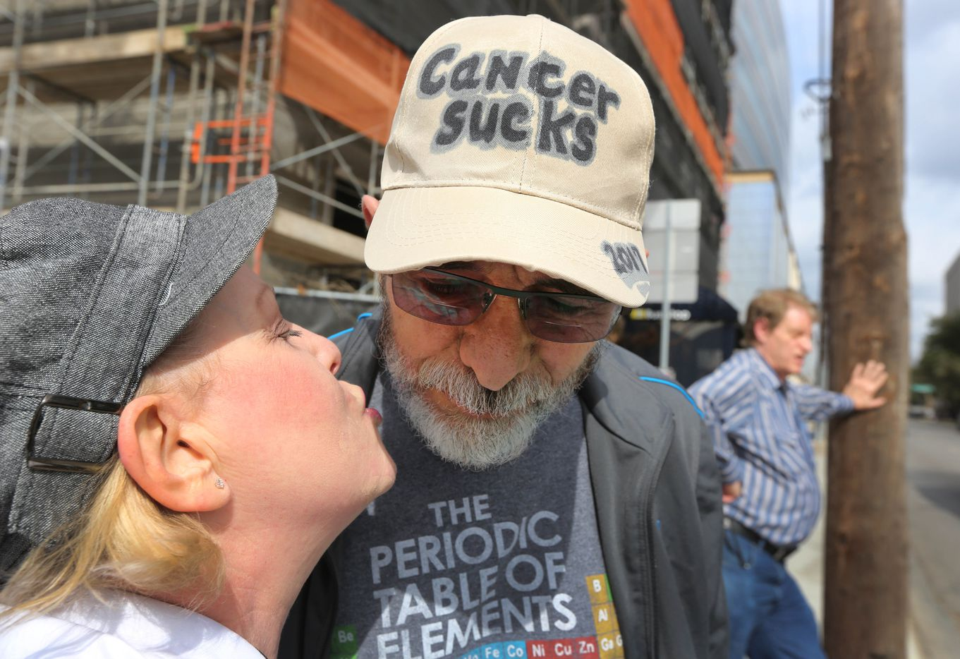Jeffrey Weiss got a kiss from wife Marni during a trip to Baylor University Medical Center in Dallas in February 2017.