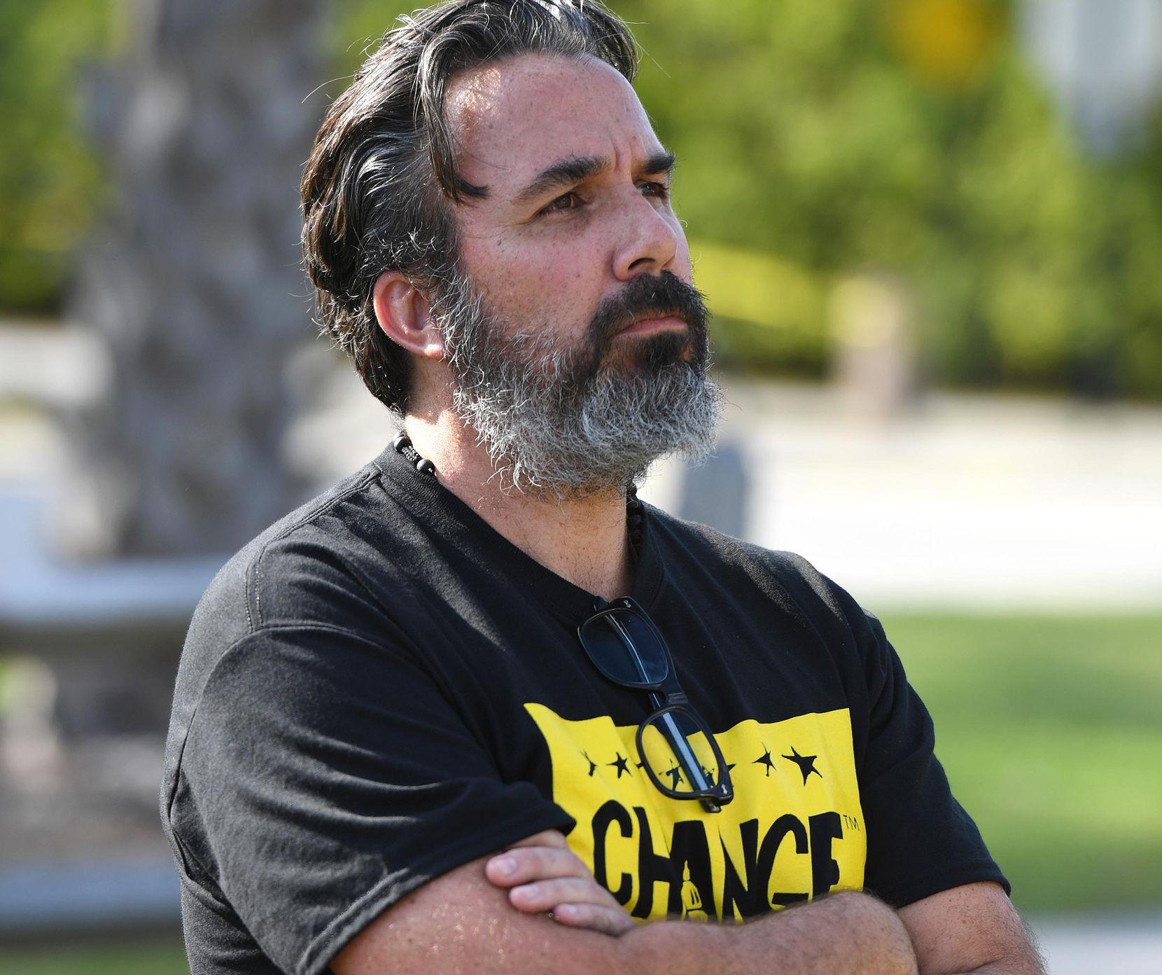Manuel Oliver, padre de Joaquín Oliver, quien murió en la matanza de Parkland, estará en Dallas en manifestaciones contra el NRA. MEDIA PUNCH