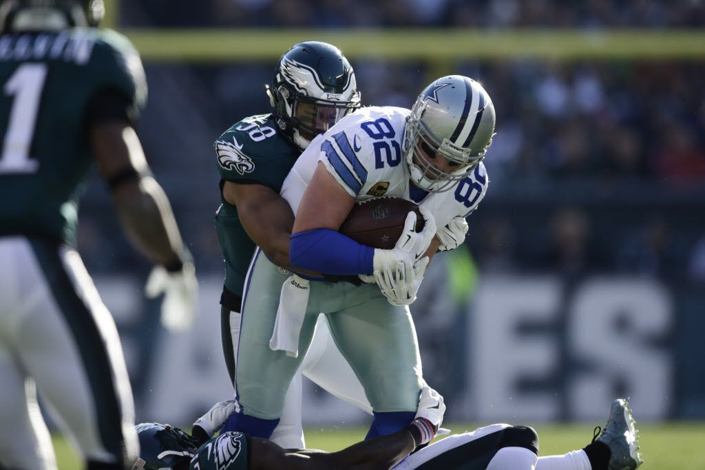Dallas Cowboys' Jason Witten in action during the first half of an NFL football game against the Philadelphia Eagles, Sunday, Jan. 1, 2017, in Philadelphia. (AP Photo/Matt Rourke)