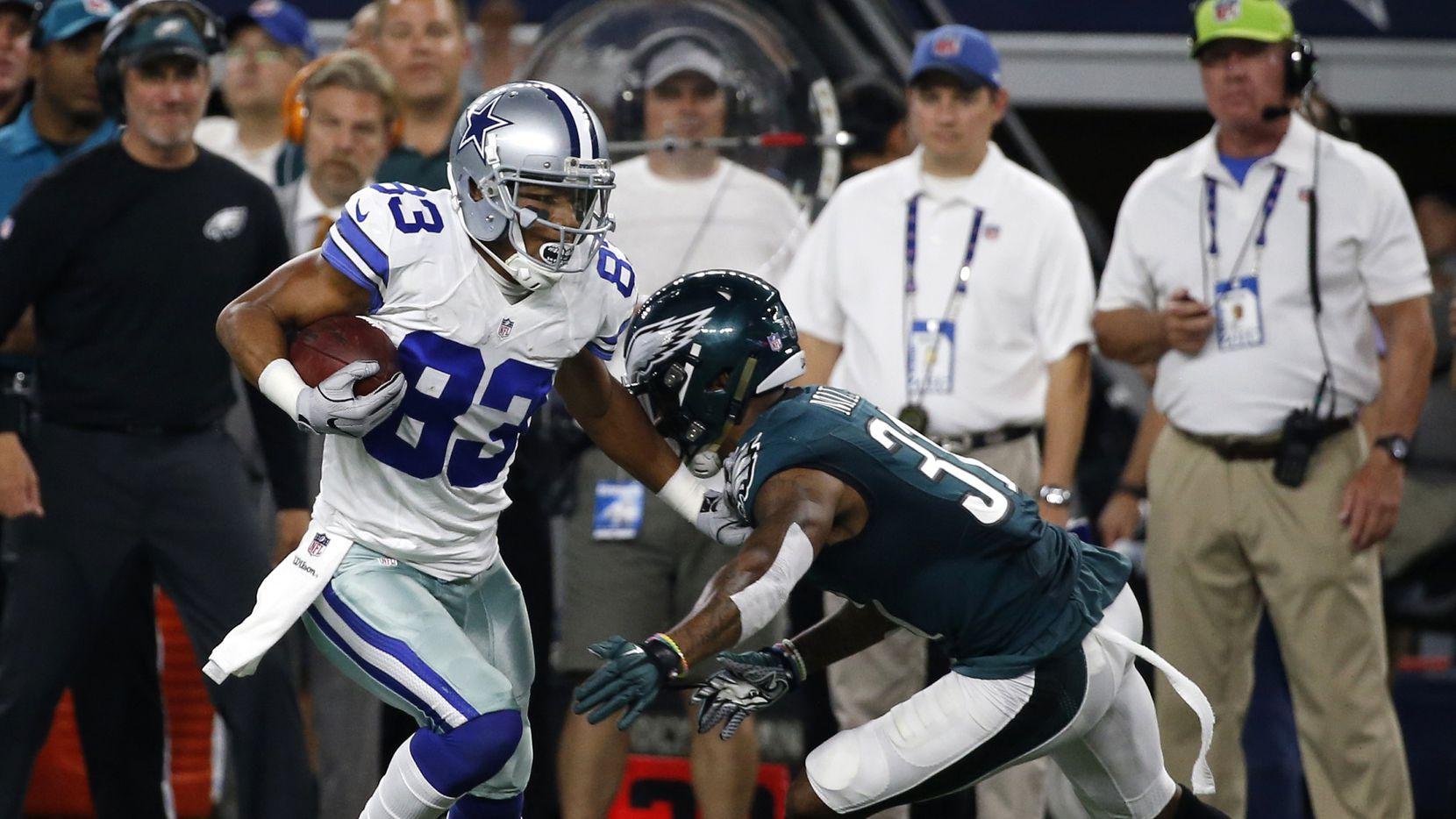 Terrance Williams y los Cowboys se enfrentaron a los Eagles el domingo en Arlington. Foto AP