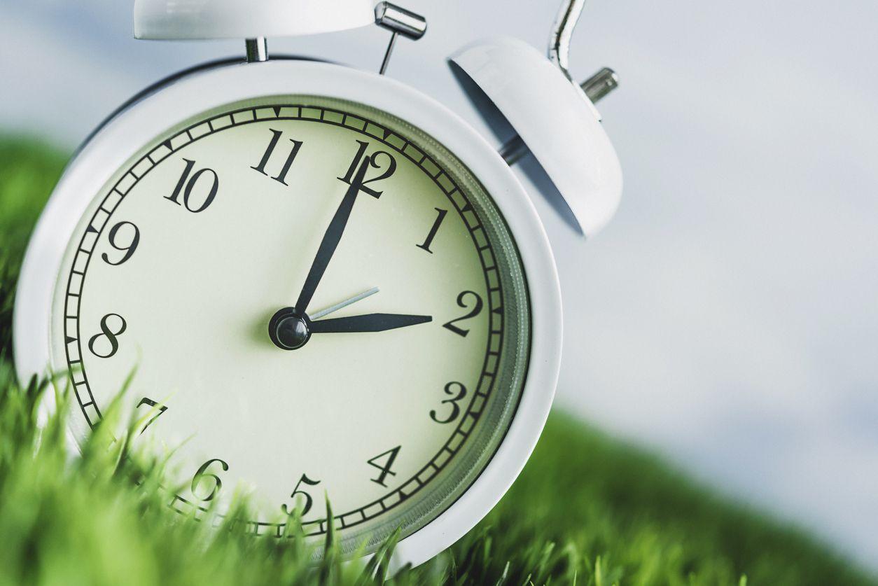 Adelantar o retroceder el reloj podría quedar en el pasado. iSTOCK