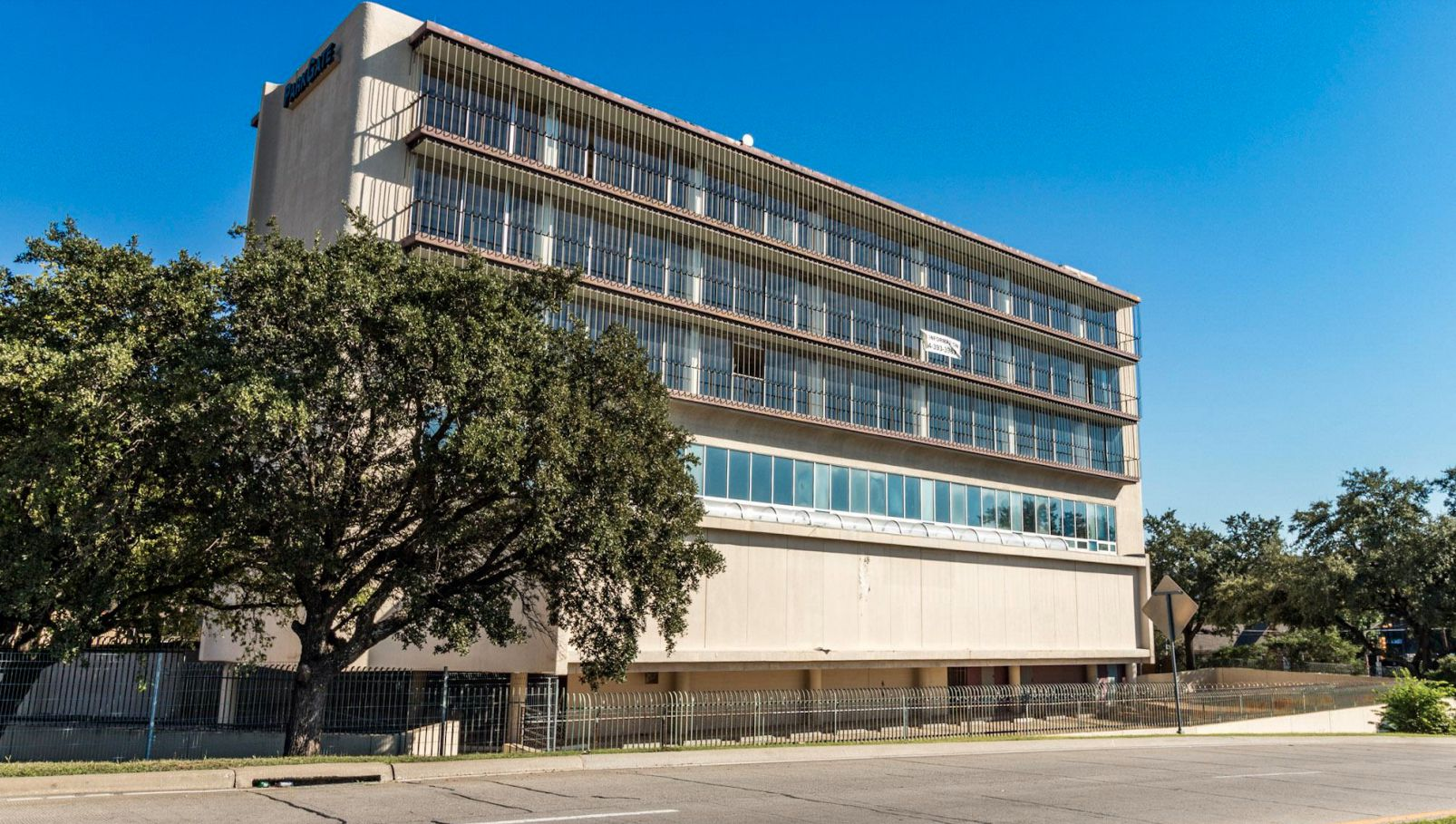 The former Braniff Hostess College on the Dallas North Tollway has been vacant for several years while developers studied new uses for the property