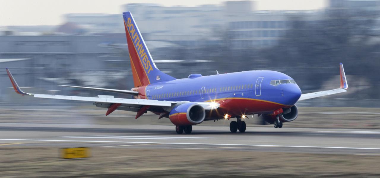 Southwest Airlines busca erradicar la posibilidad de un paro de su personal para el domingo después de Thanksgiving. (AP/LM OTERO)