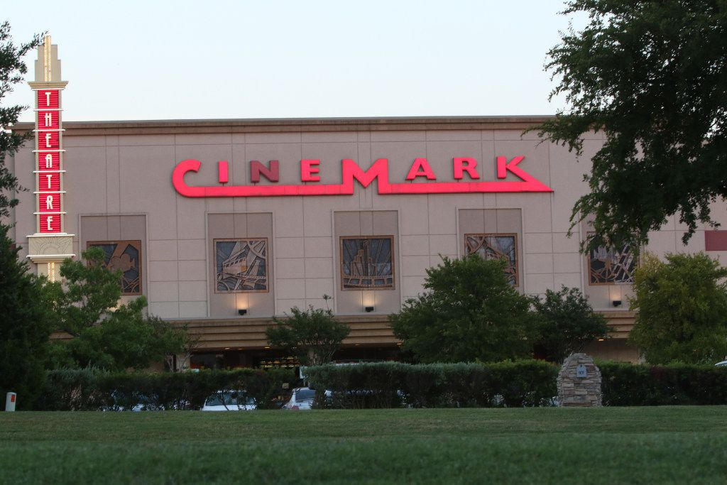 The Cinemark Theater on Uptown Blvd in Cedar Hill, Tx (Irwin Thompson/The Dallas Morning News) STOCK