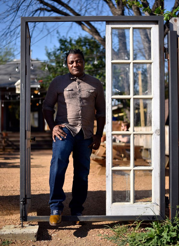 Fort Worth-based installation artist Christopher Blay has an artistic alter-ego, Frank ArtSmarter, who has been critiquing the art world from the inside for over a decade.