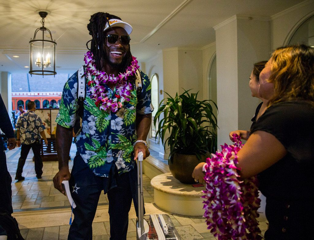 Dallas Cowboys middle linebacker Jaylon Smith (54) and team mates arrive at the Westin Moana Surfrider hotel in Honolulu, Hawaii on Thursday, August 15, 2019. The Cowboys will take on the Los Angeles Rams in a preseason NFL game on Saturday. (Ashley Landis/The Dallas Morning News)