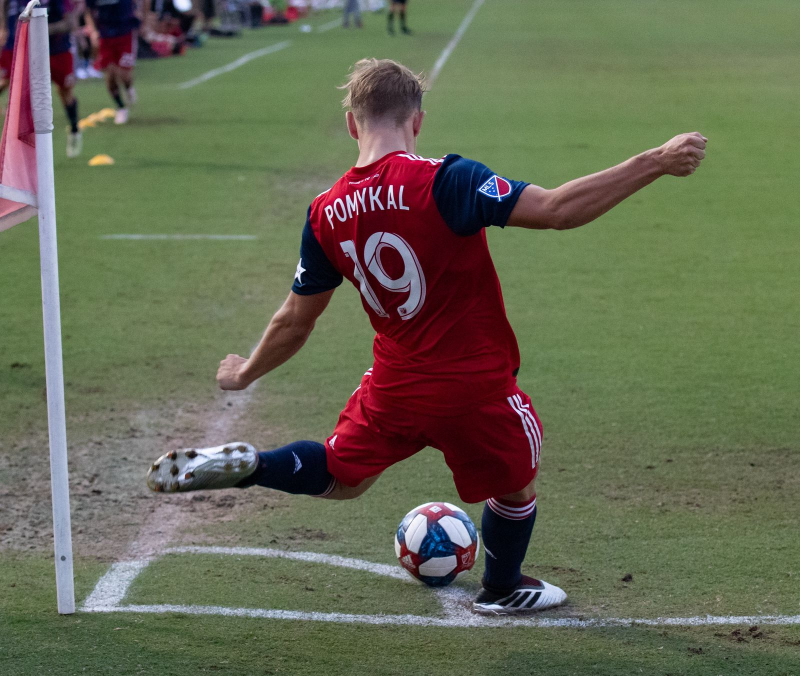 DALLAS, TX - JUNE 19: Paxton Pomykal takes a corner during the Lamar Hunt U.S. Open Cup round of 16 soccer game between FC Dallas and New Mexico United on June 19, 2019 at Westcott Field in Dallas, Texas.  (Photo by Matthew Visinsky)