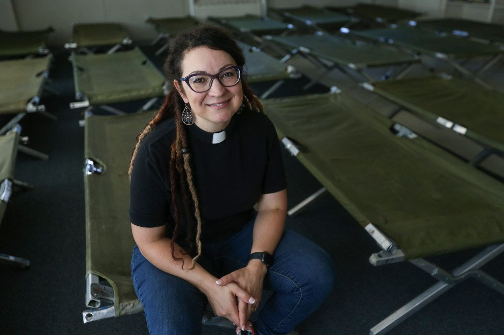 Senior pastor Rachel Baughman helped to prepare Oak Lawn United Methodist Church on Thursday in Dallas. The church is in the final stages of preparations to begin receiving migrants, many Central American asylum seekers, at the church.
