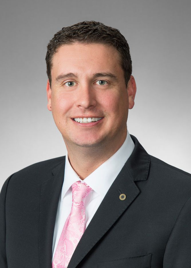 Frost-Dallas promoted Joel Doolen to senior vice president, corporate banking, Lakewood.