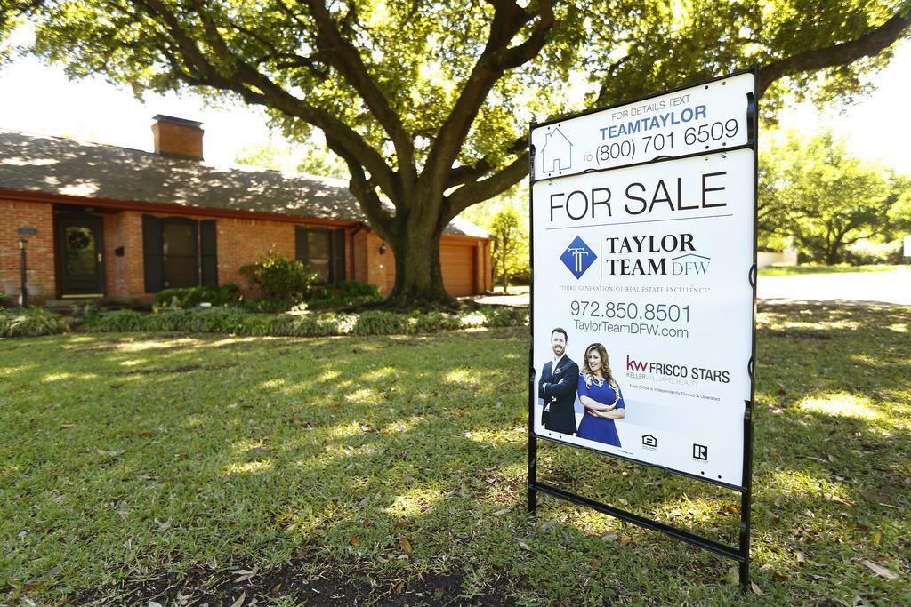 La venta de casas disminuyó 2.5% en el área de Dallas, pero sigue siendo el mejor mercado a nivel estatal. (DMN/TOM FOX)