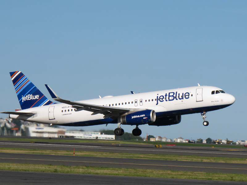 An Airbus A320 operated by JetBlue Airways (JetBlue photo)
