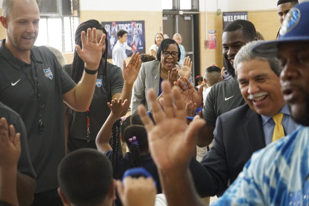 Dallas Mavericks CEO Cynthia Marshall joined DISD Superintendent Michael Hinojosa to kick off the first day of school with the students at Sidney Lanier Expressive Arts Vanguard in August.