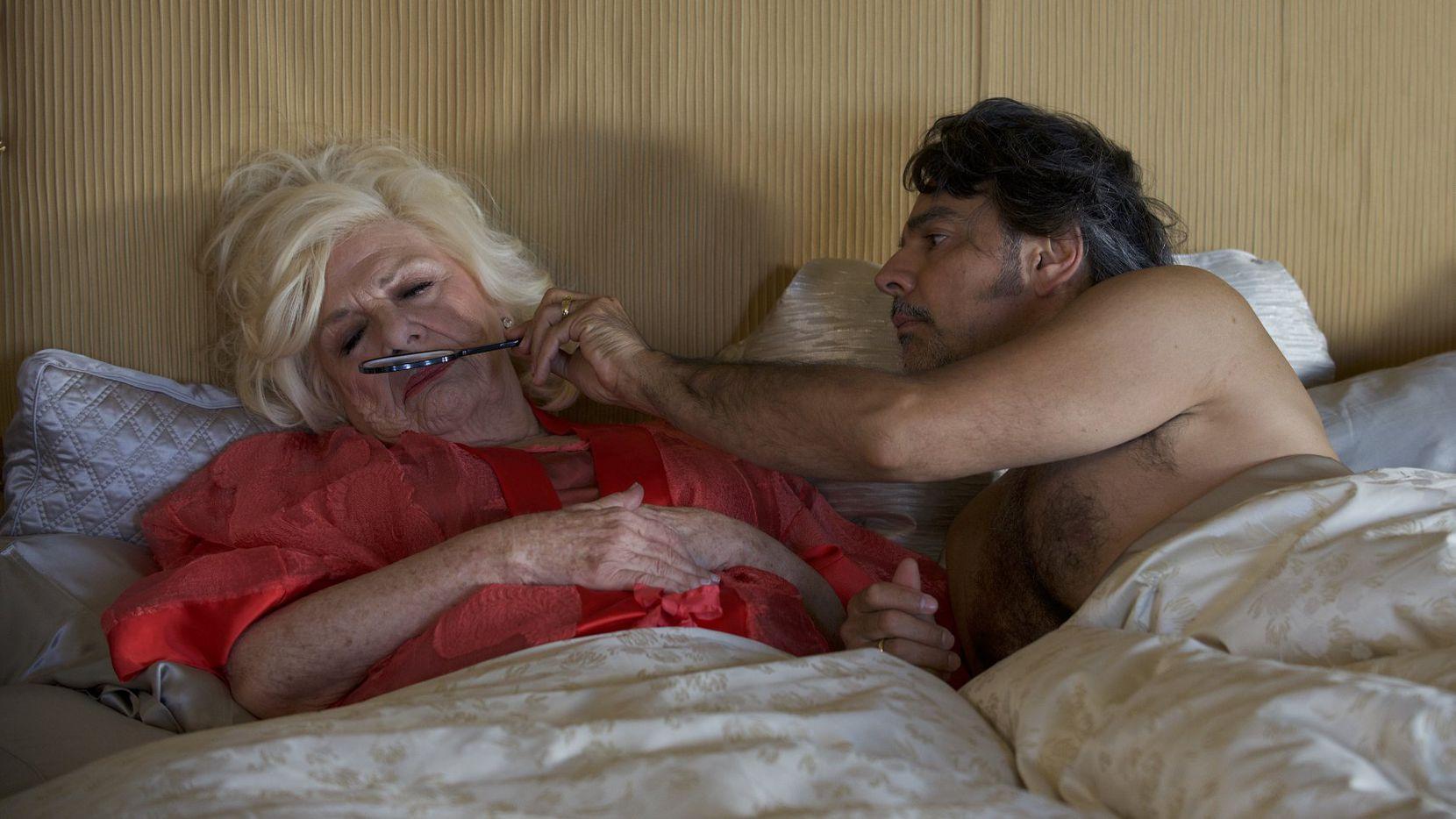 Eugenio Derbez protagoniza la película 'How to Be a Latin Lover'. Fotos PANTELION FILMS