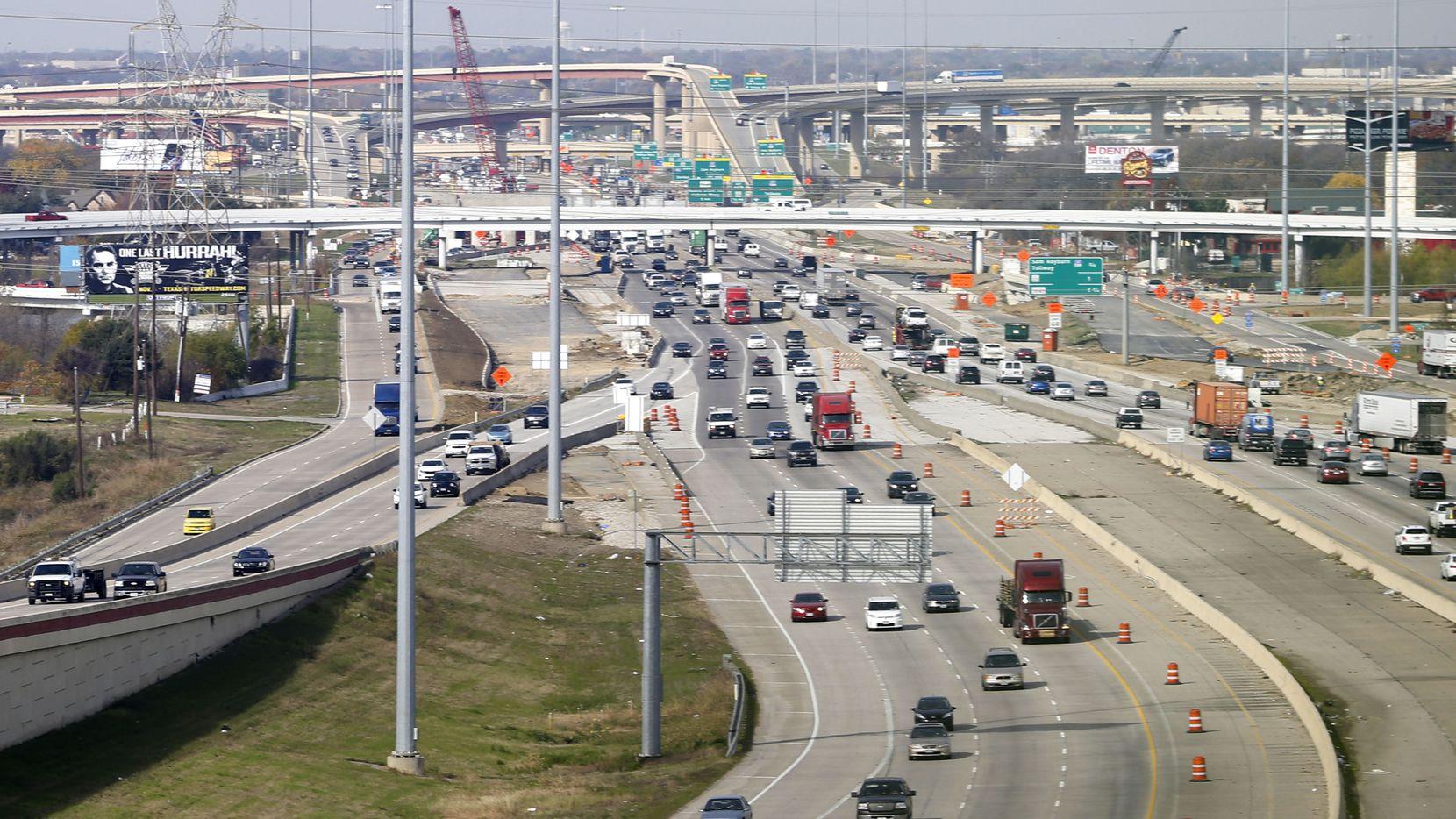 Segmento de la autopista  Dallas North Tollway, en Plano. DMN