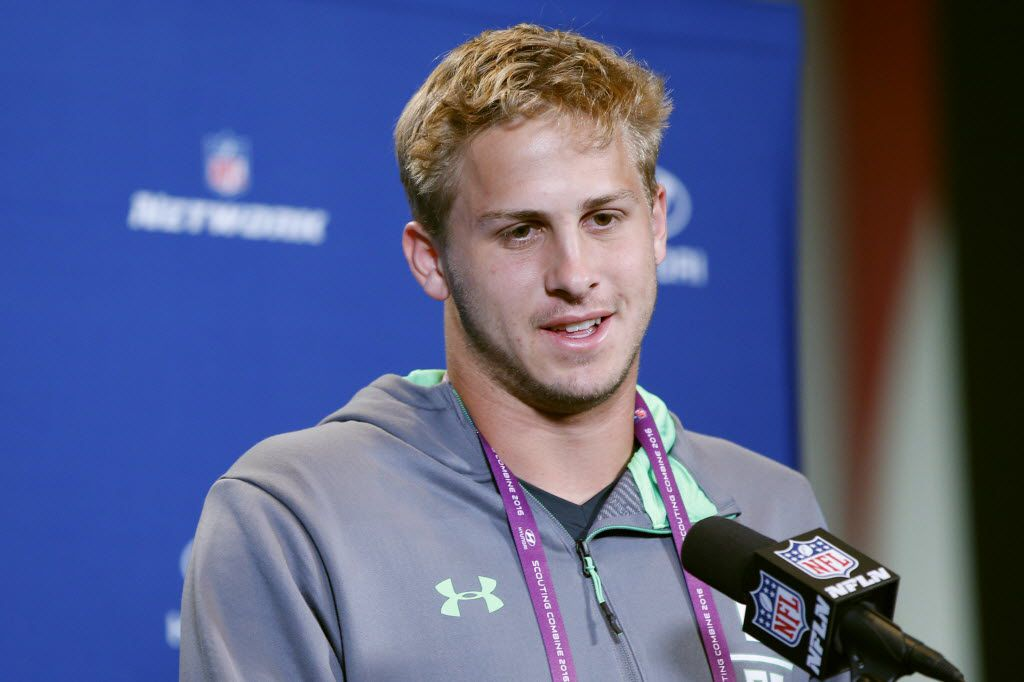 INDIANAPOLIS, IN - FEBRUARY 25: Quarterback Jared Goff #8 of California speaks to the media during the 2016 NFL Scouting Combine at Lucas Oil Stadium on February 25, 2016 in Indianapolis, Indiana. (Photo by Joe Robbins/Getty Images)