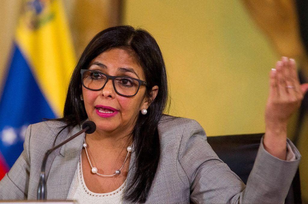 La canciller Delcy Rodríguez anunció que Venezuela se retirará de la OEA. (AP)