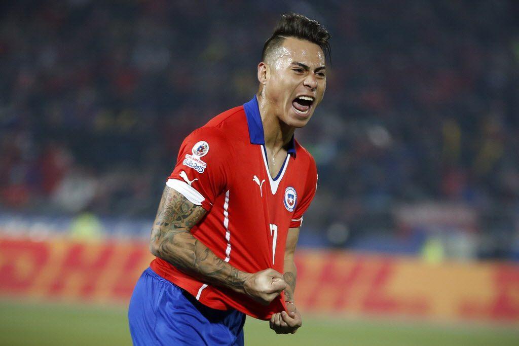El jugador chileno Eduardo Vargas llegó a los Tigres./AP