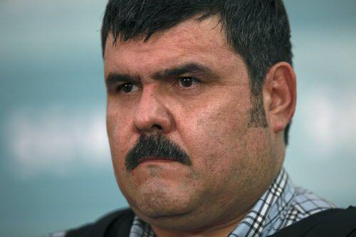 """En una foto de archive de 2012, Jorge Eduardo Costilla Sánchez alias """"El Coss"""" durante una presentación de la Naval Mexicana en la Ciudad de México. Foto AP"""