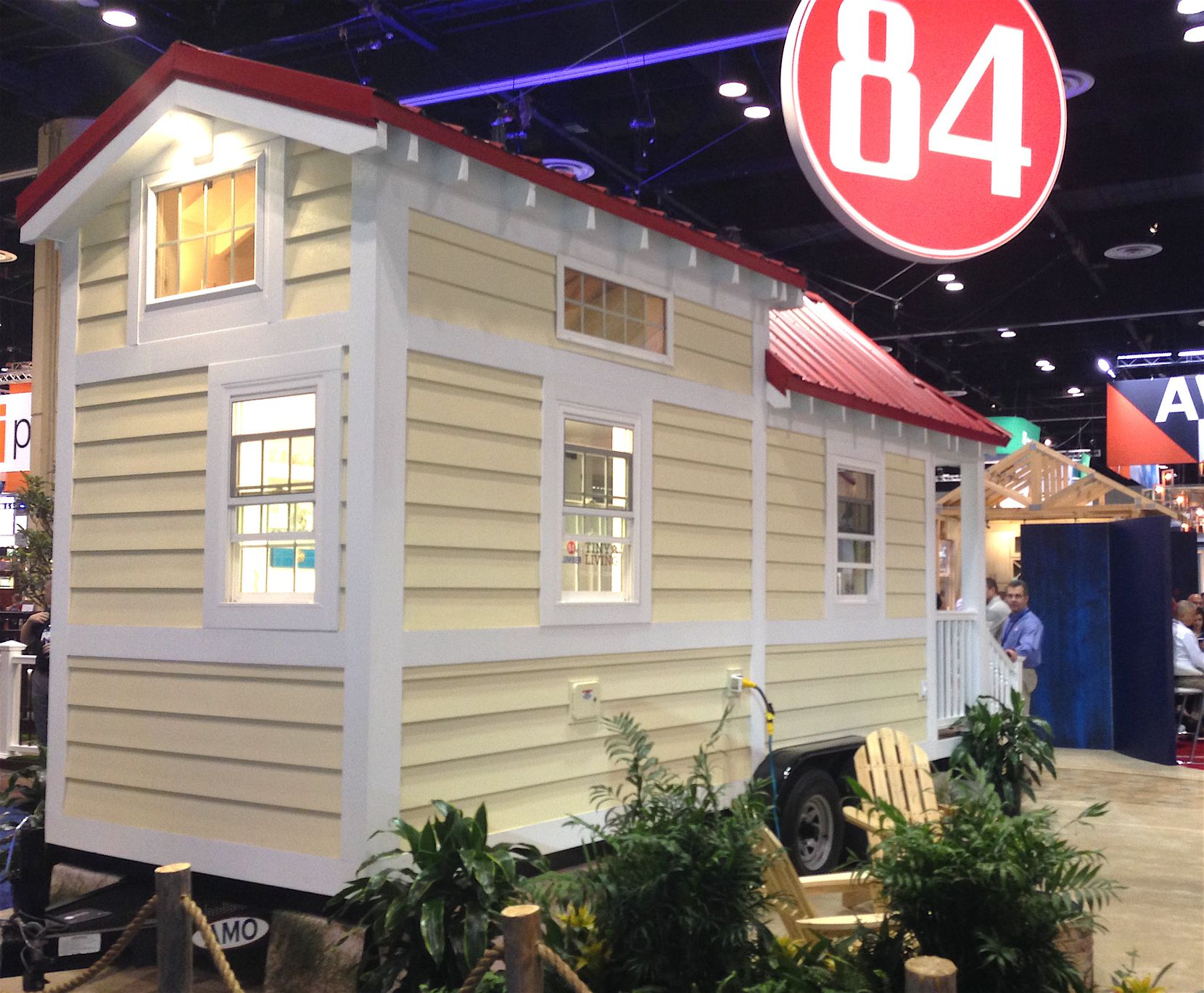 Homebuilders lined up to see a 154-square-foot tiny house at the International Builders Show in Orlando.