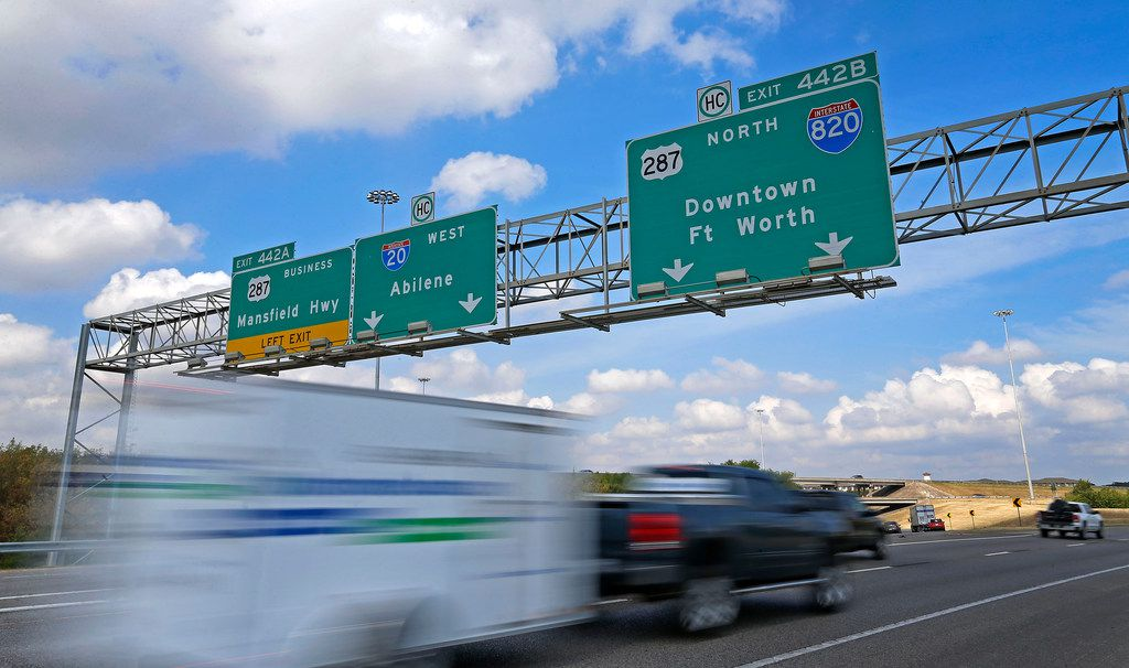 Traffic moves on the Interstate 20, U.S. Highway 287 and Interstate 820 interchange in Fort Worth on Friday.