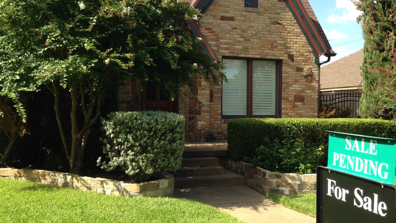 Statewide home sales were up 2.8 percent in the second quarter but declined slightly in the D-FW area from a year ago.