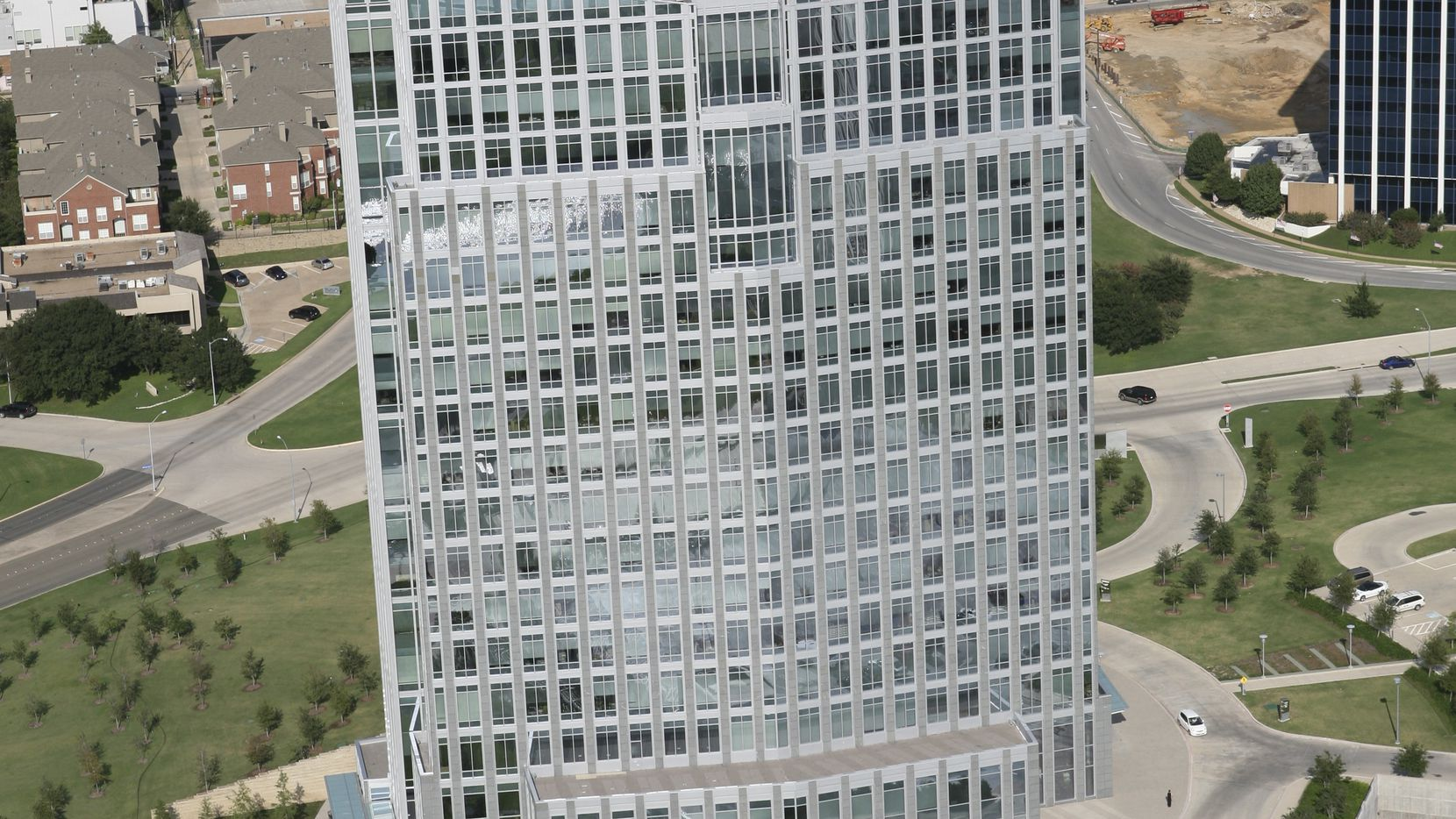 Property Damage Appraisers will move its base to the downtown tower.