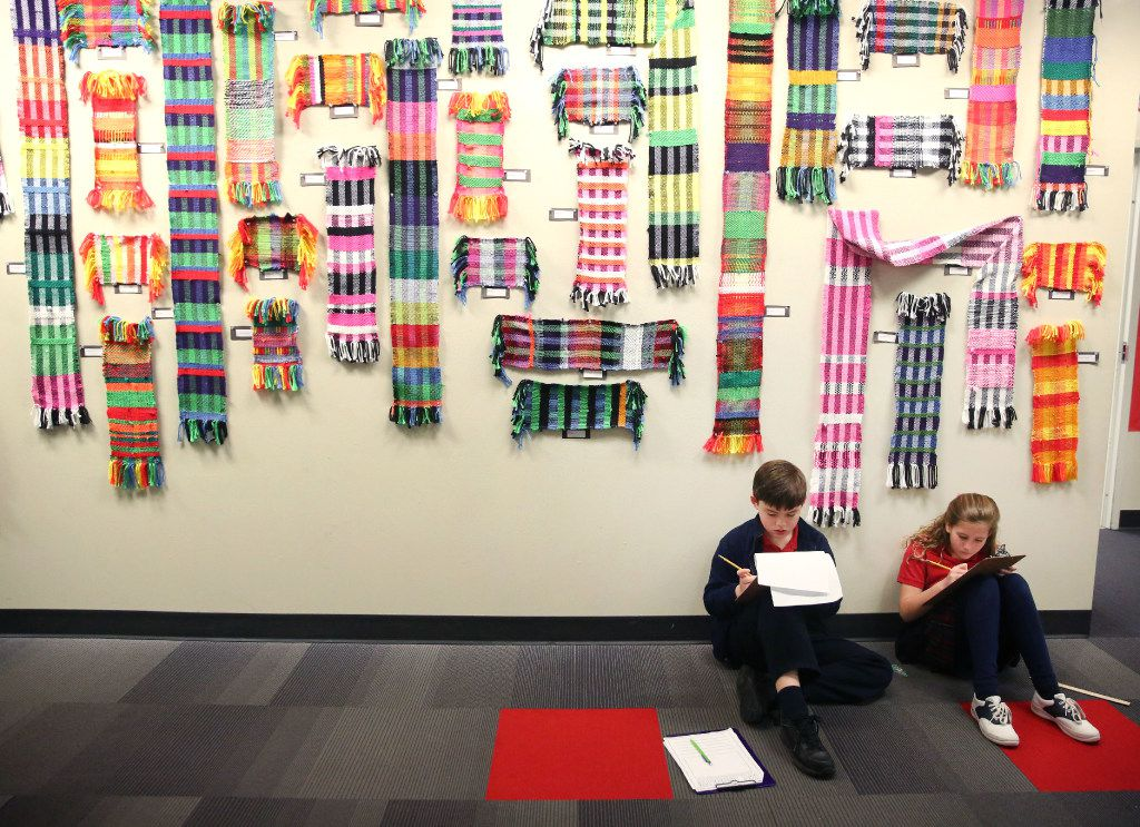 Fourth-grade students Jack Roueche and Alyson Grohman worked on a STEM assignment at Parish Episcopal School in Dallas on Feb. 14. (Rose Baca/The Dallas Morning News)