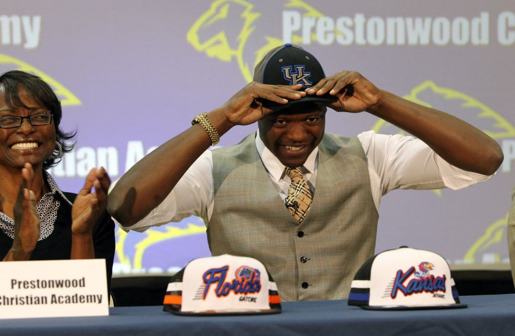 Prestonwood Christian Academy's Julius Randle commits to play basketball at the University of Kentucky at a press conference at the school in Plano on Wednesday, March 20, 2013. (Louis DeLuca/The Dallas Morning News)