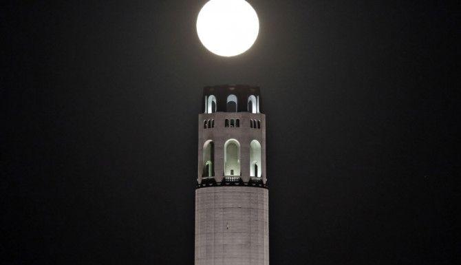 La Súper Luna desde San Francisco./AP