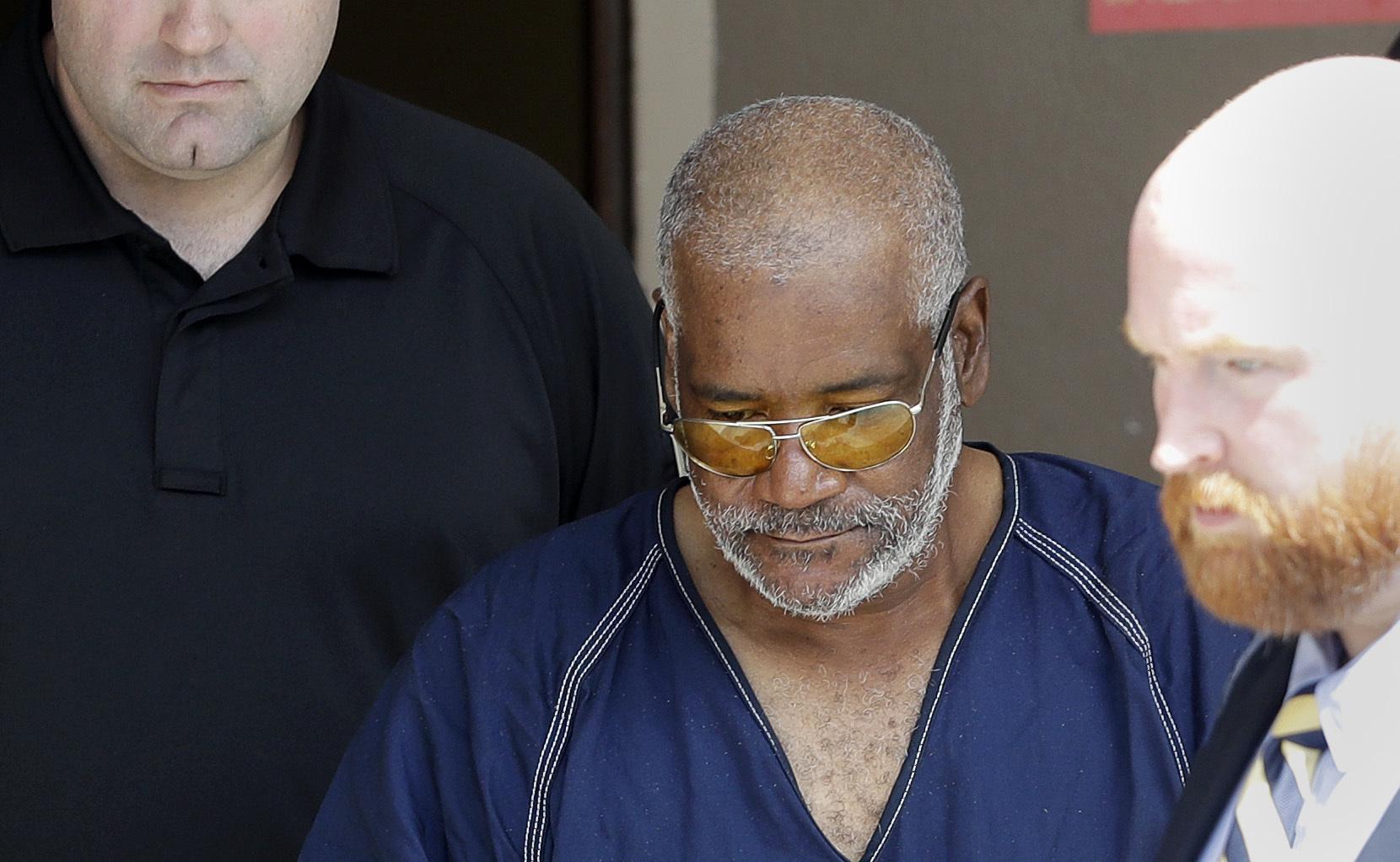 James Mathew Bradley Jr. de 60 años, es acusado de asesinato y tráfico de personas.(AP)
