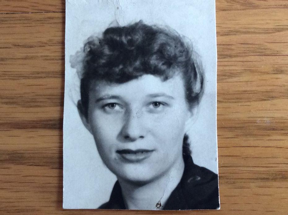Dorothy Vollkommer, the Landlady
