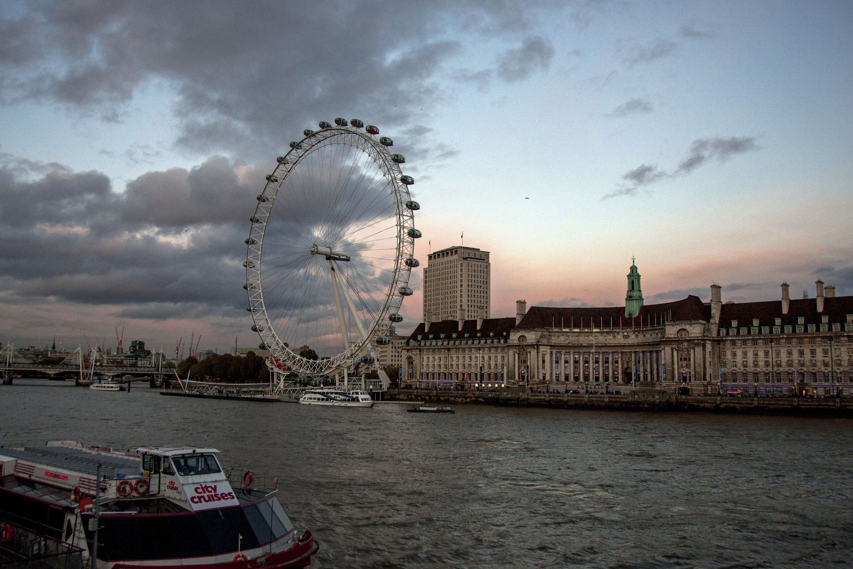 The proposed Dallas observation wheel would be bigger than the famous London Eye.