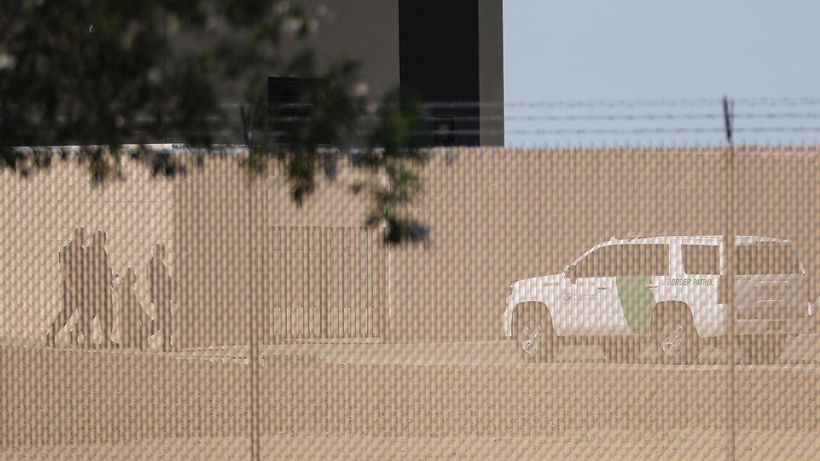 El centro de detención de Clint, Texas, donde se encuentran varios cientos de migrantes.(GETTY IMAGES)