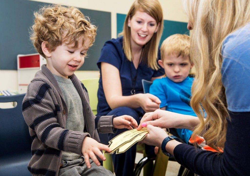 Circle time in The UNT Kristin Farmer Autism Center. Photograph on March 10, 2015. (Ahna Hubnik / University of North Texas)