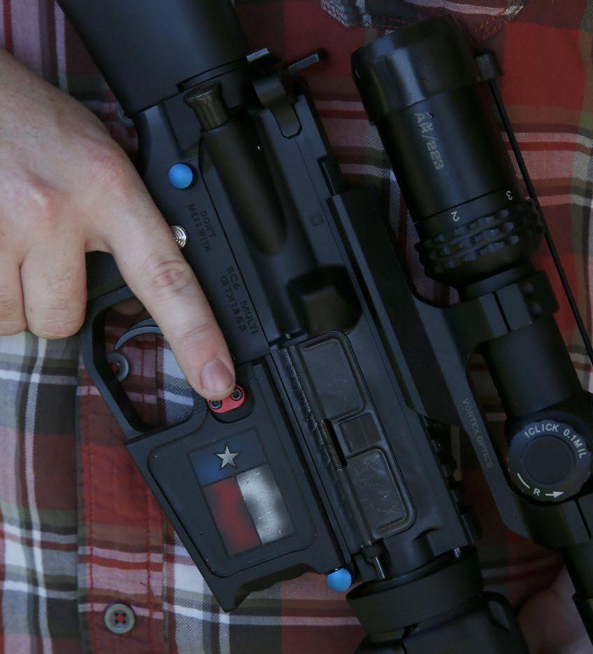 An AR-15 rifle manufactured by Runner Runner Guns.