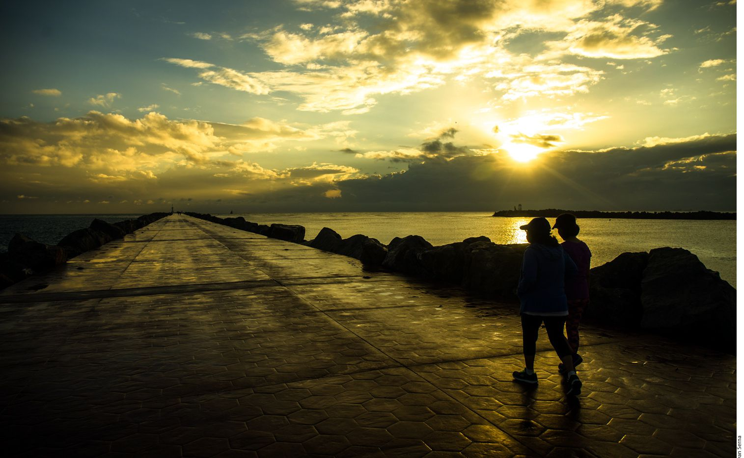 La Playa Miramar se ubica en el municipio vecino de Ciudad Madero, a una media hora del centro de Tampico. AGENCIA REFORMA