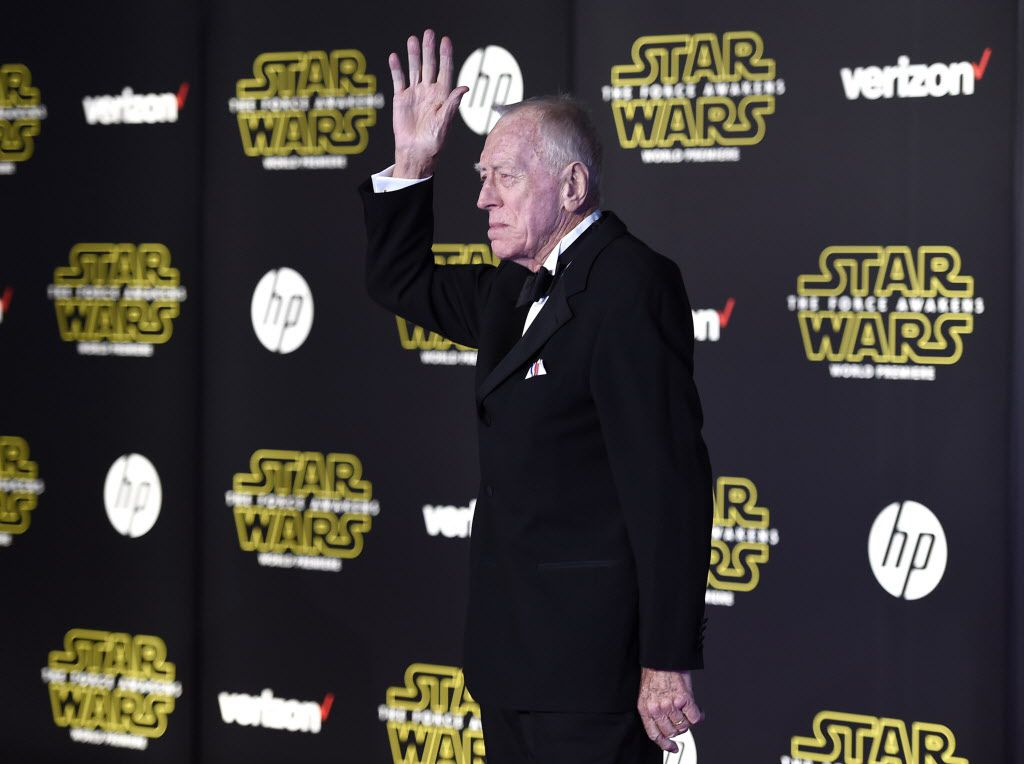"""Max von Sydow arrives at the world premiere of """"Star Wars: The Force Awakens"""" at the TCL Chinese Theatre on Monday, Dec. 14, 2015, in Los Angeles. Von Sydow plays the role of Lor San Tekka in the film."""